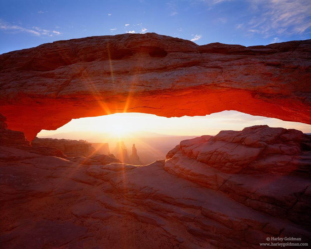 Canyonlands, National Park, Utah. mesa, arch, photo