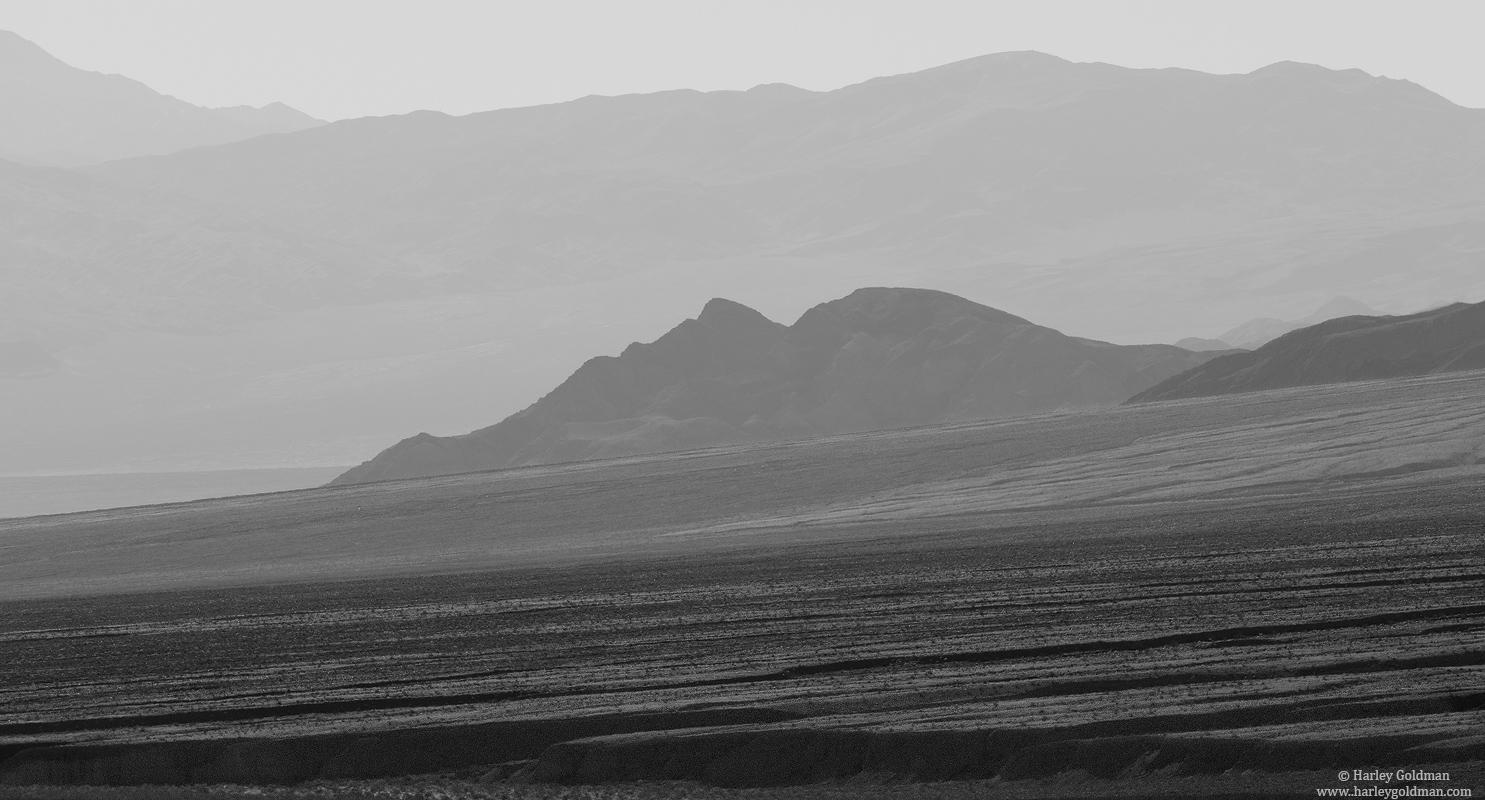 hazy, death, valley, national, park,, photo